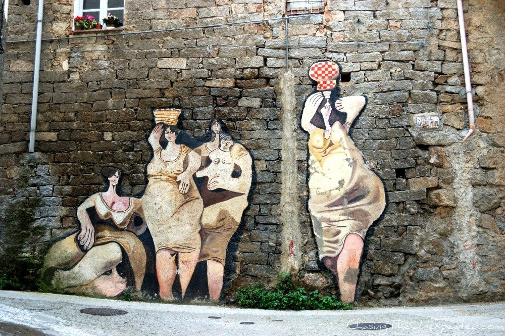Orgosolo murals for women, mothers and workers