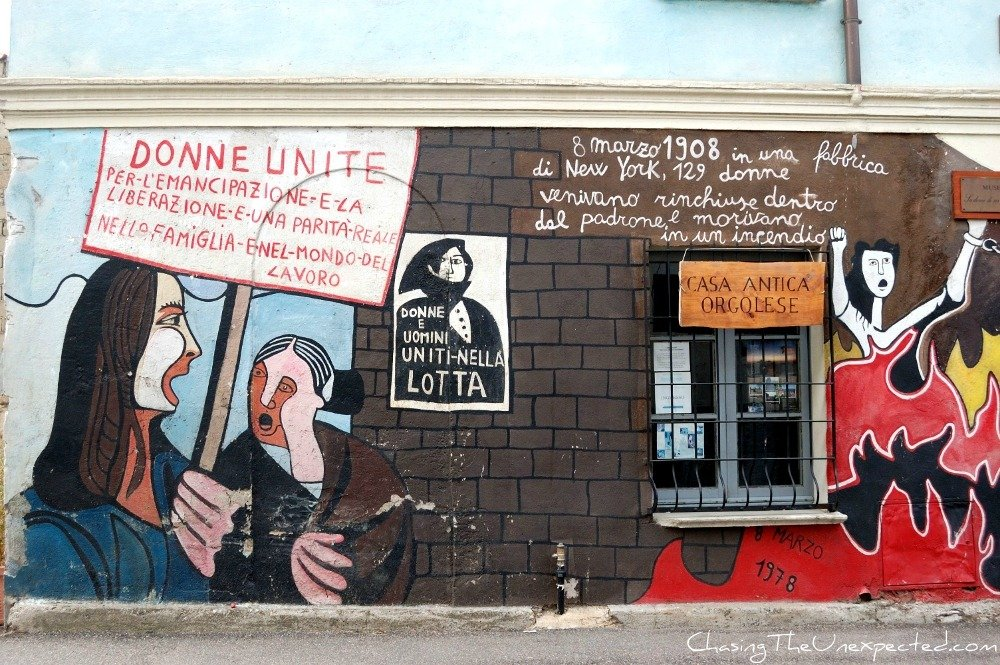 Orgosolo murals for women's emancipation