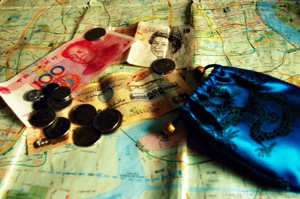 Visiting China? Must-know expressions in Mandarin – Part 6: Money and Banks