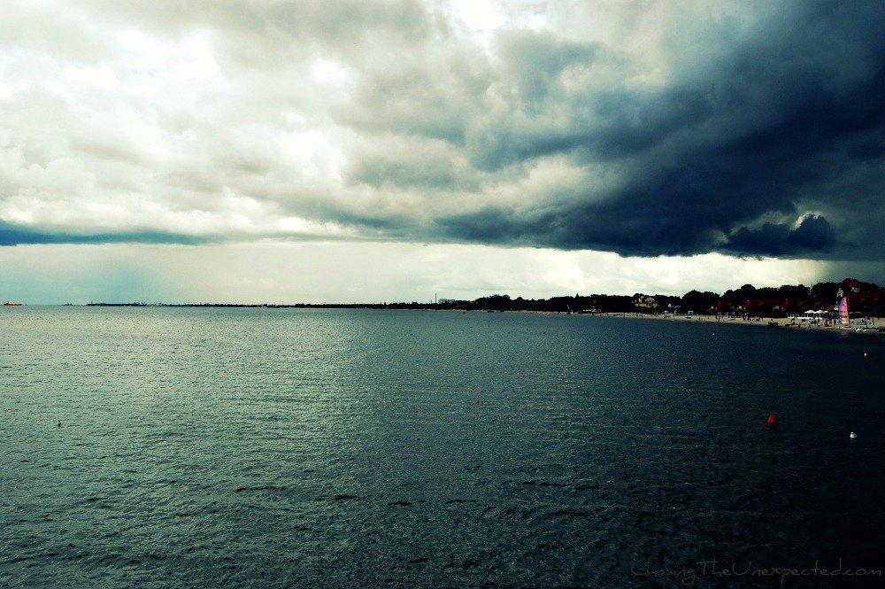 A trip, a photo – Preparing for a storm in Sopot, Poland
