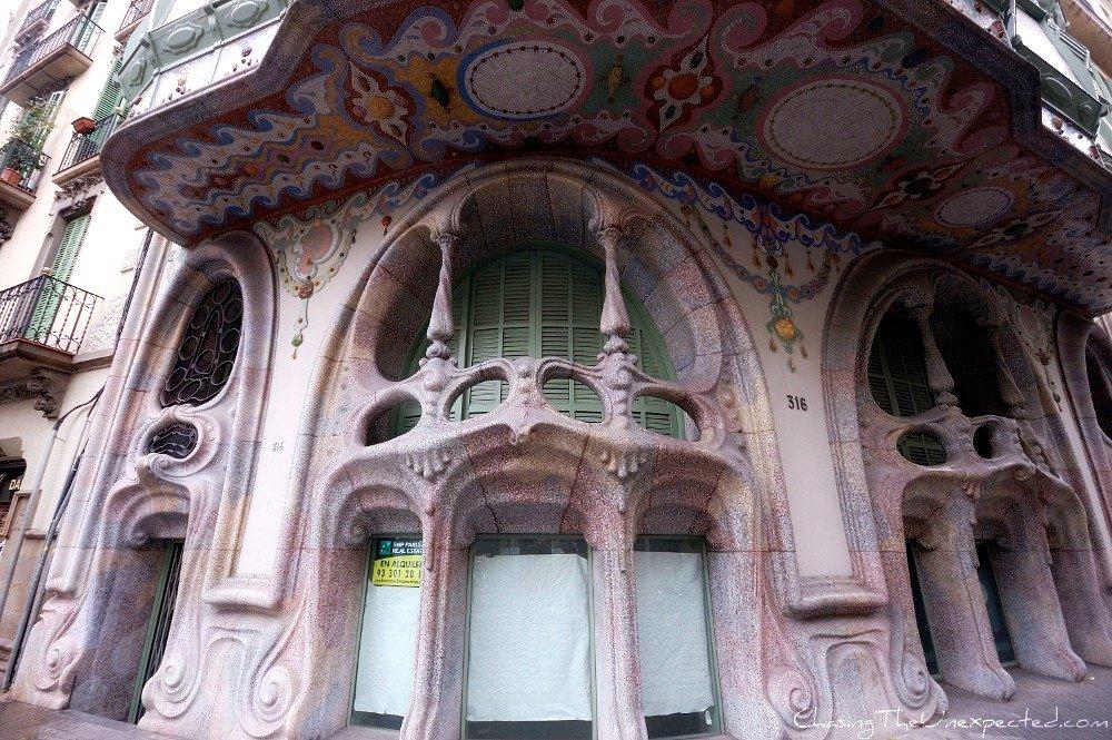 Image: Casa Comalat in Barcelona