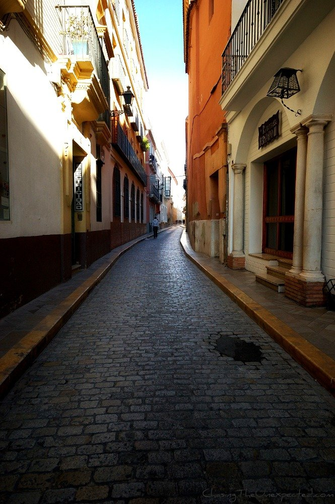 A trip, a photo – Seville, a maze of narrow alleys