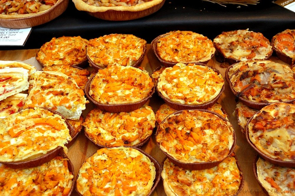 We're now at Portobello Market in Notting Hill which, apart from quirky vintage, sells also food, like these delicious savoury pies
