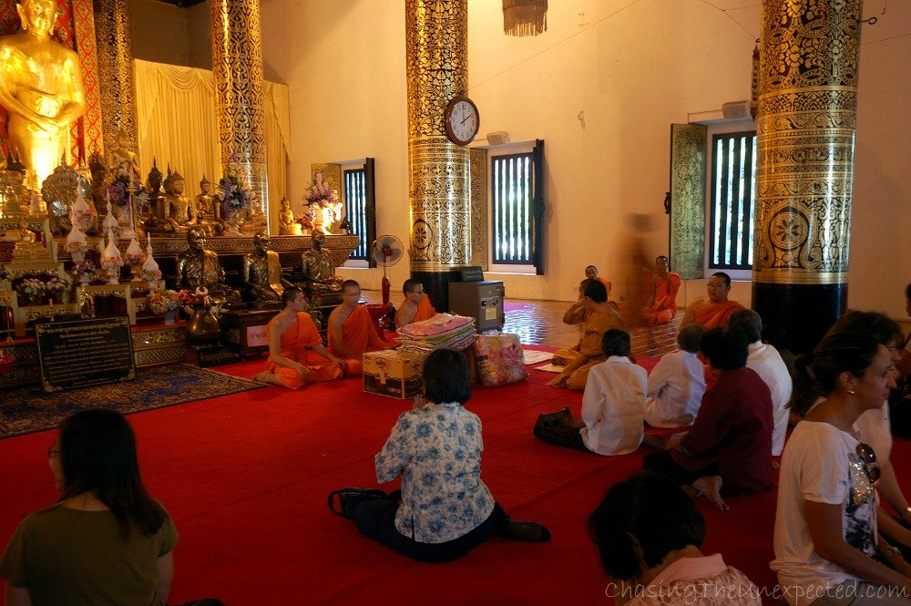 Meditating in Chiang Mai with Buddhist Monks