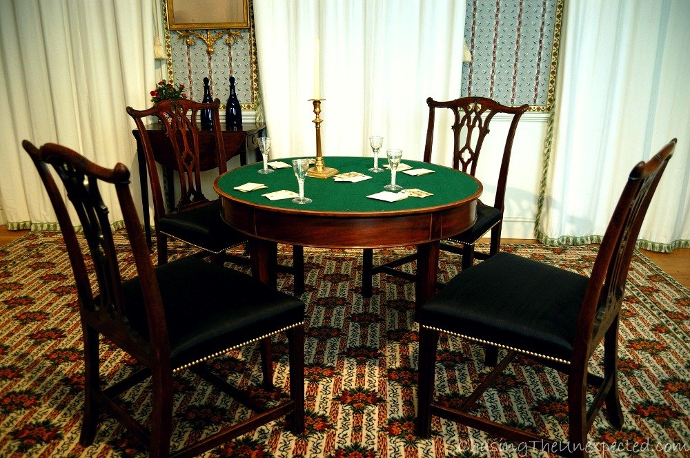 Playing cards in a 1790 parlour