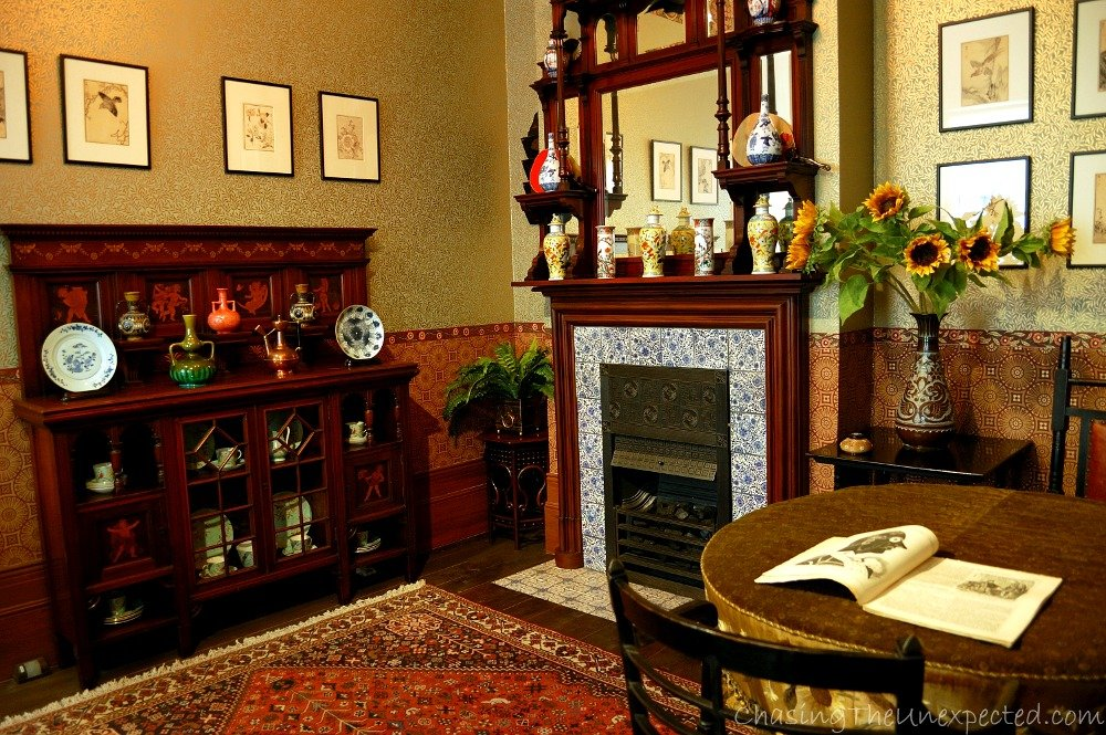 Drawing room, 1890. Reaction against mainstream style, people living here had a more cultivated and artistic taste.