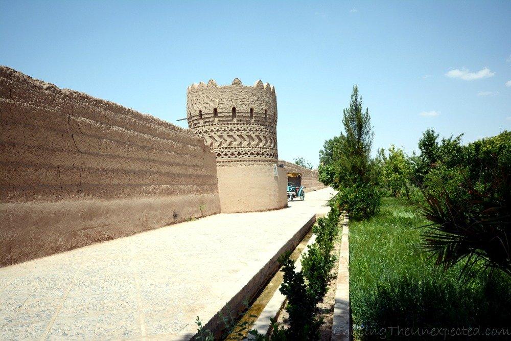 Entering Dolat Abad Garden