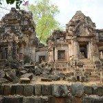 The ruins at Wat Ek Phnom