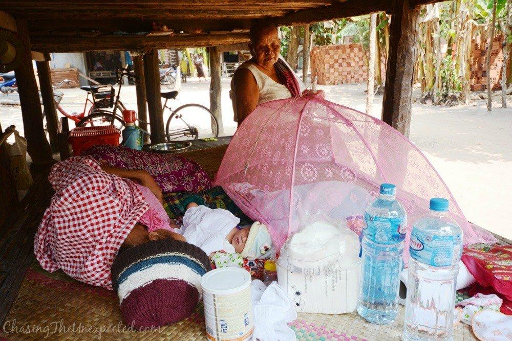 irresponsible tourism cambodia2-min