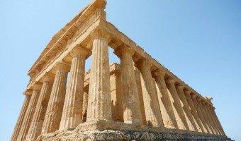 Greek glory in Agrigento's Valle dei Templi, Sicily