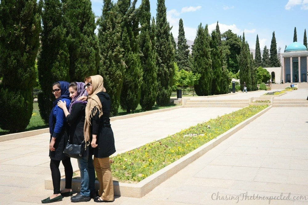 iran women dress code