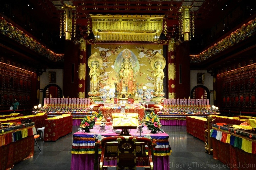 Business Travel in Singapore, the Buddha Toot Relic Temple