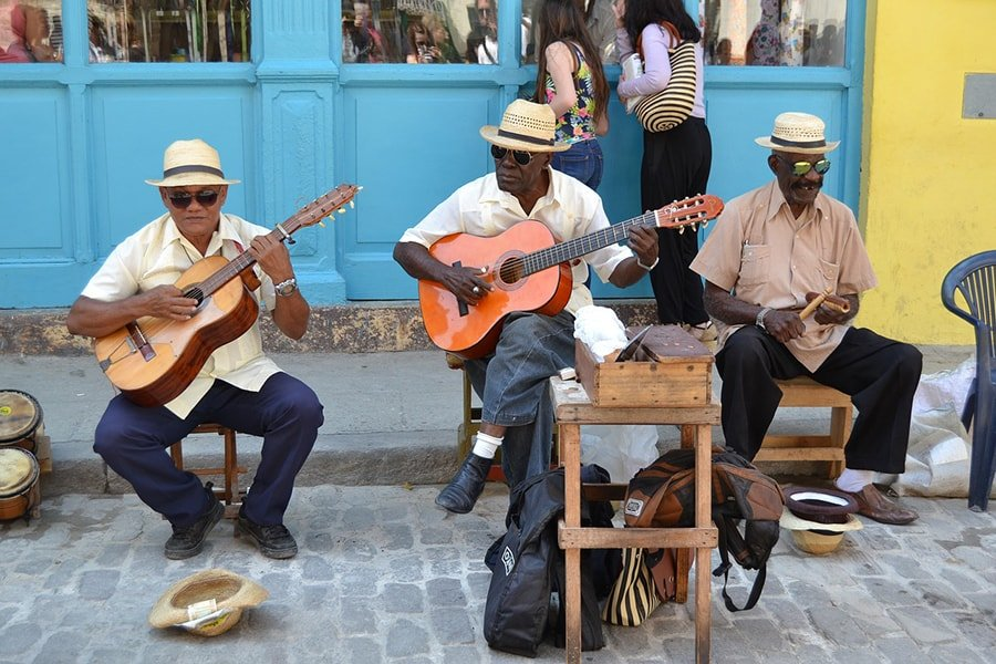 10 reasons that will make you want to travel to Cuba now
