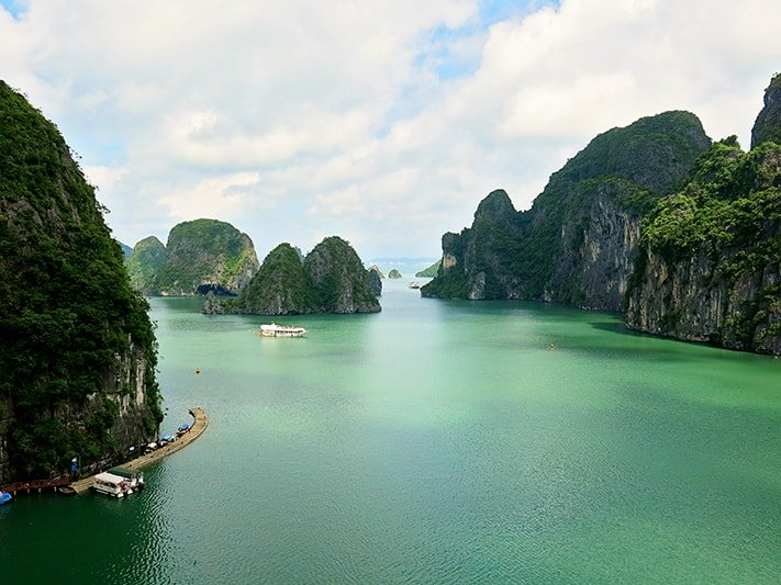Top 10 reasons to visit Vietnam now