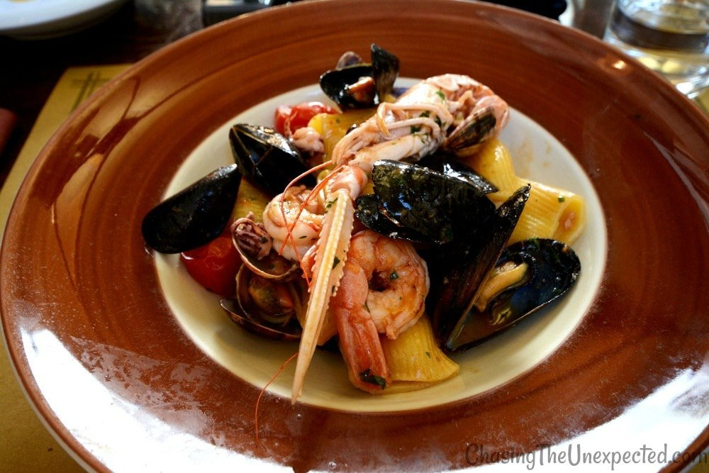 What to eat in Italy, treat yourself with these top Italian dishes