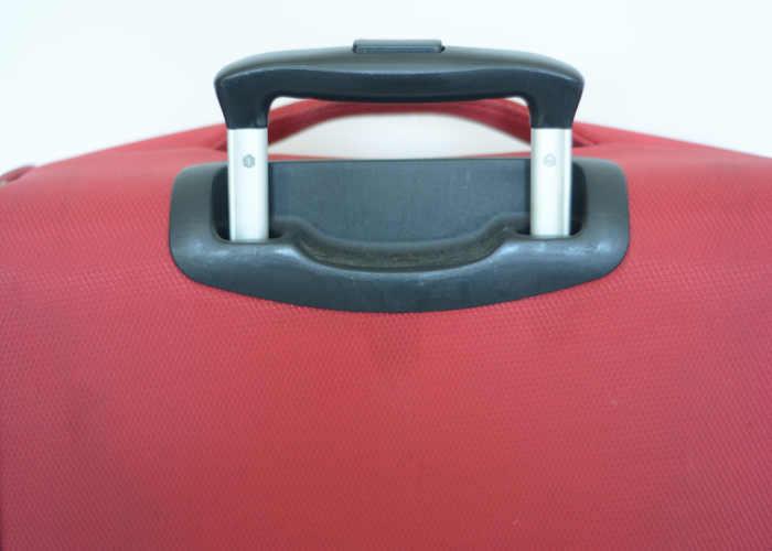 softshell suitcase telescoping handel