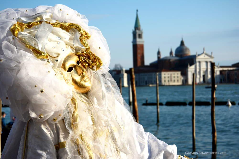 Venice Carnival mask tour