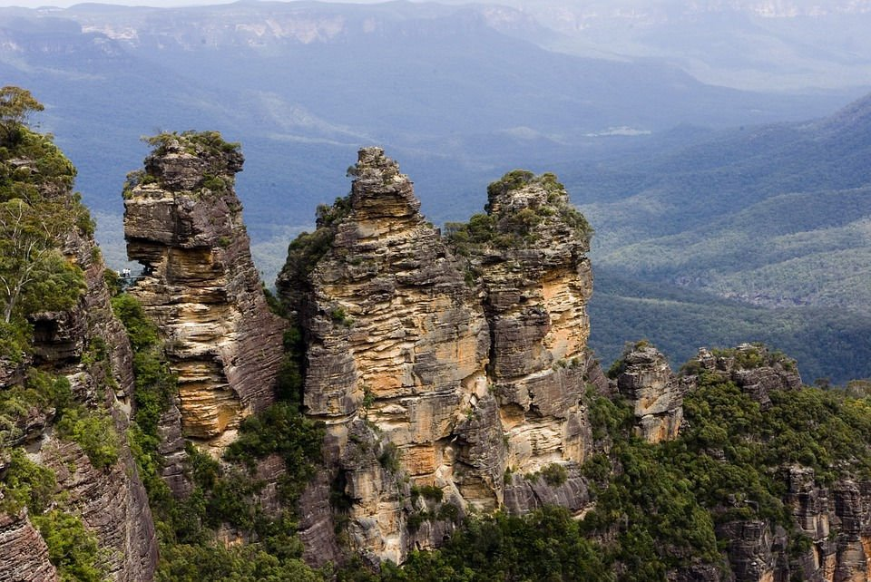 A day trip to the Blue Mountains is a great day trip from Sydney