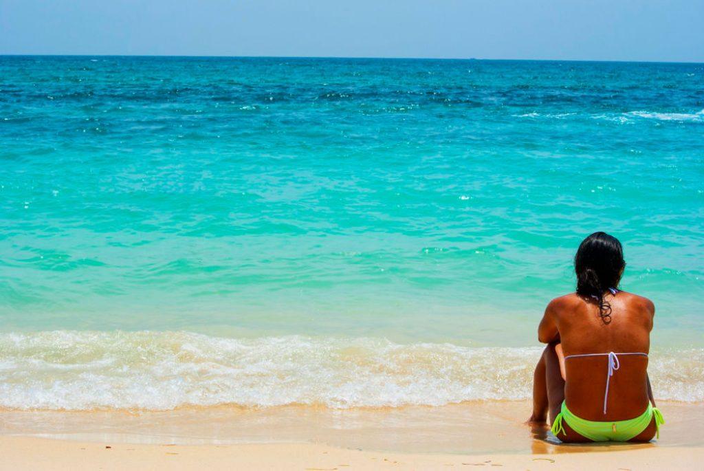playa blanca colombia beaches