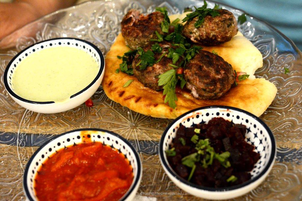 mazel tov budapest restaurant