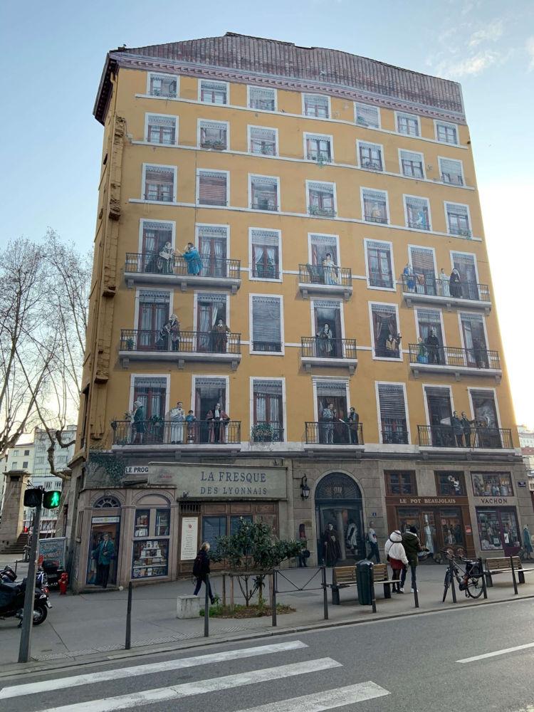 Image: Murals in Lyon