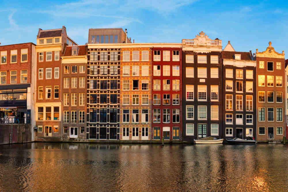Image: Damrak Avenue in Amsterdam