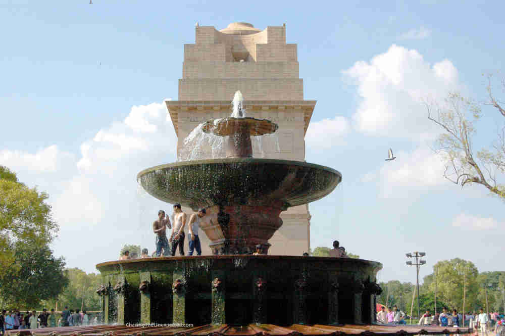 Image: India Gate to include in a Delhi trip planner