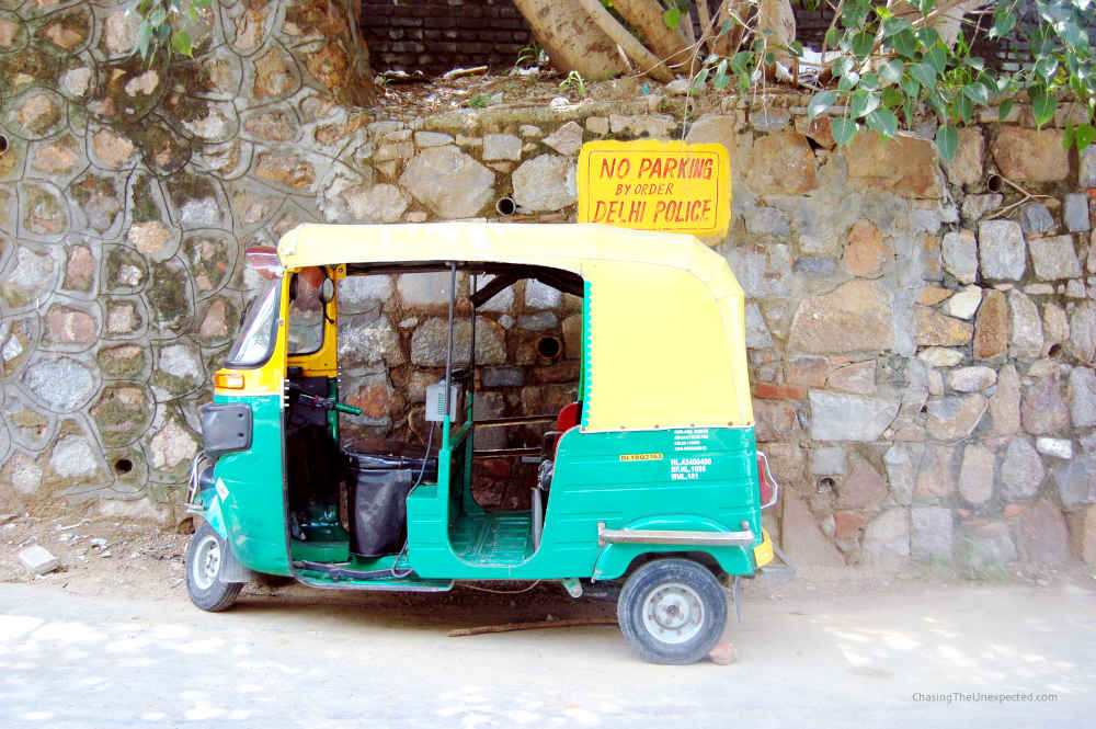 Image: Indian tuk-tuk, planning a trip to Delhi