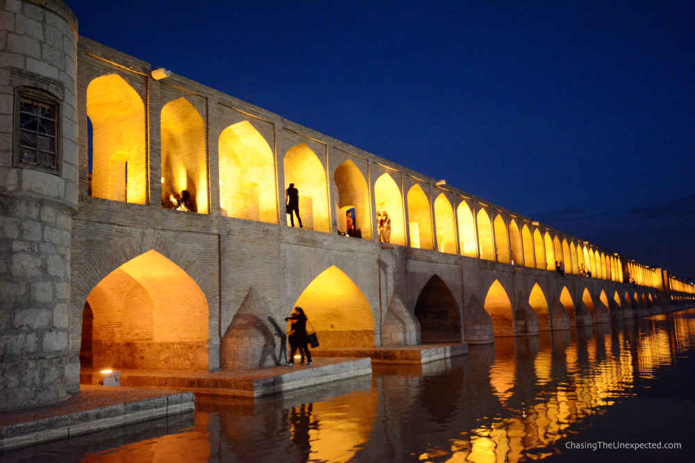 Image: Visiting Si-o-Se Pol bridge at night is one of the best things to do in Isfahan
