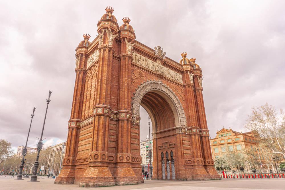 Image: Arc de Triomf in Barcelona